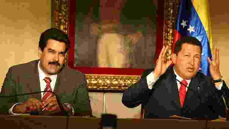 Alguns empresários venezuelanos próximos aos governos de Chávez (D) e Maduro (E) acumularam grandes fortunas no exterior - Getty Images - Getty Images