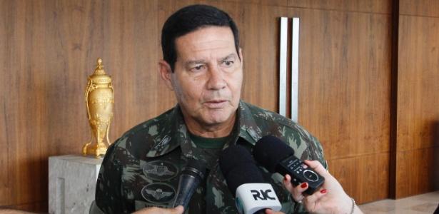 General Antonio Hamilton Martins Mourão diz que não entrará na política