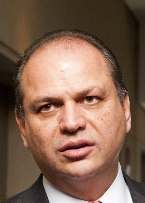 O deputado federal Ricardo Barros (PP-PR), relator do Orçammento para o ano de 2016, pode assumir ministério