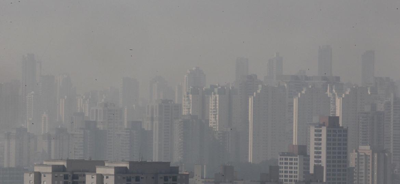 Pode acreditar, esta é São Paulo com o tempo seco e temperatura na casa dos 25ºC - Werther Santana/Estadão Conteúdo