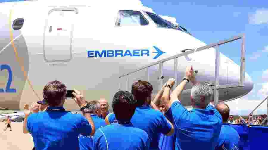 O jato comercial E195-E2 da Embraer - Ricardo Matsukawa / UOL