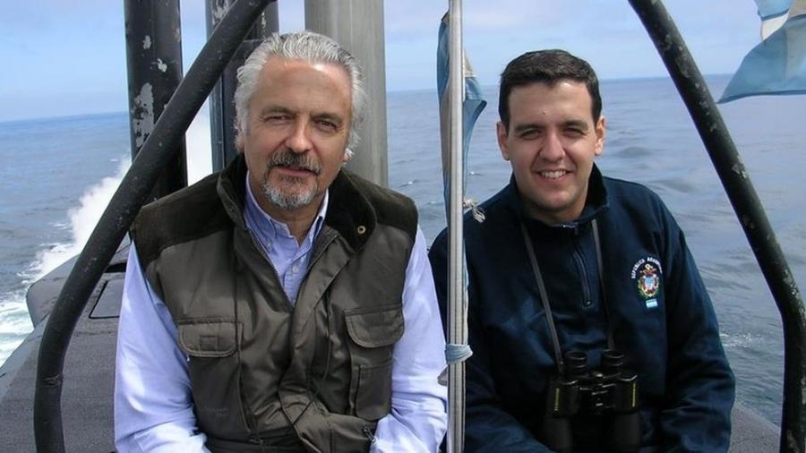 Jorge Bergallo (esq.) e o filho Jorge Ignacio, que atuaram em épocas distintas no submarino argentino ARA San Juan - Acervo Pessoal