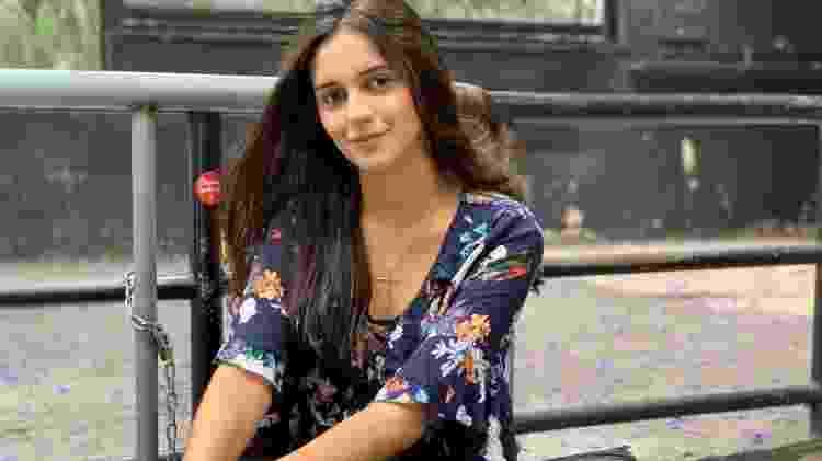 10.nov.2019 - Juliana Ferreira, 18, também disse estar menos tensa do que no primeiro dia do Enem: ?Estou mais preparada hoje? - Vitor Pamplona/UOL - Vitor Pamplona/UOL