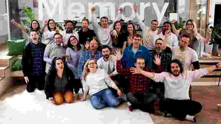 A empresa de Mathias, Memory, agora emprega 45 pessoas - Memory