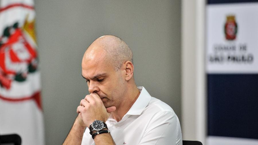 O prefeito Bruno Covas em coletiva de imprensa após primeiras sessões de quimioterapia - João Alvarez/Fotoarena/Folhapress