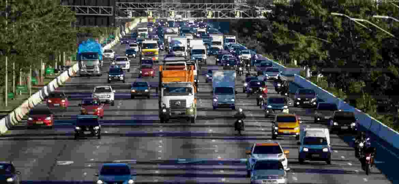 Rodízio de veículos proíbe circulação no centro expandido um dia útil por semana, durante seis horas, divididas pela manhã e à tarde/noite - ALOISIO MAURICIO/FOTOARENA/FOTOARENA/ESTADÃO CONTEÚDO