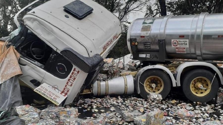 Acidente na BR 040, em região próxima a Congonhas (MG) - Divulgação/CBMMG