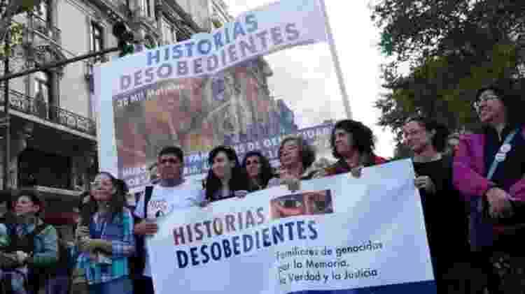 O grupo de Analía foi aplaudido quando participou de manifestações no Dia Nacional da Memória, mas há quem se sinta desconfortável com a presença deles - VALERIA PERASSO - VALERIA PERASSO