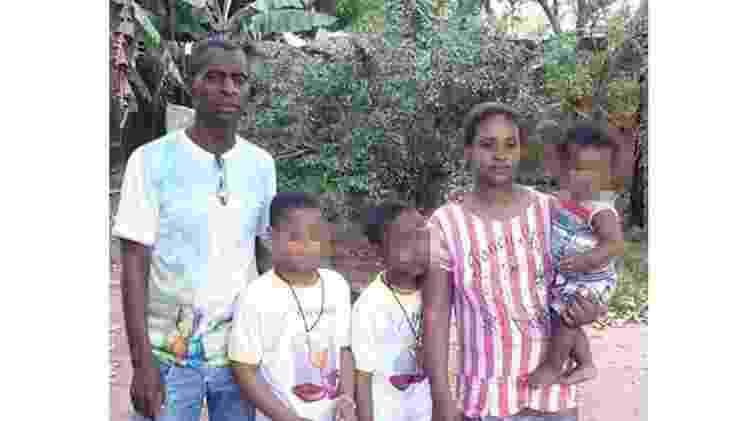 O líder quilombola Antonino Bispo da Silva e sua família na comunidade do Levantado, em Iaciara (GO): 'Se a gente já vinha sofrendo, agora está muito mais' - Arquivo Pessoal - Arquivo Pessoal