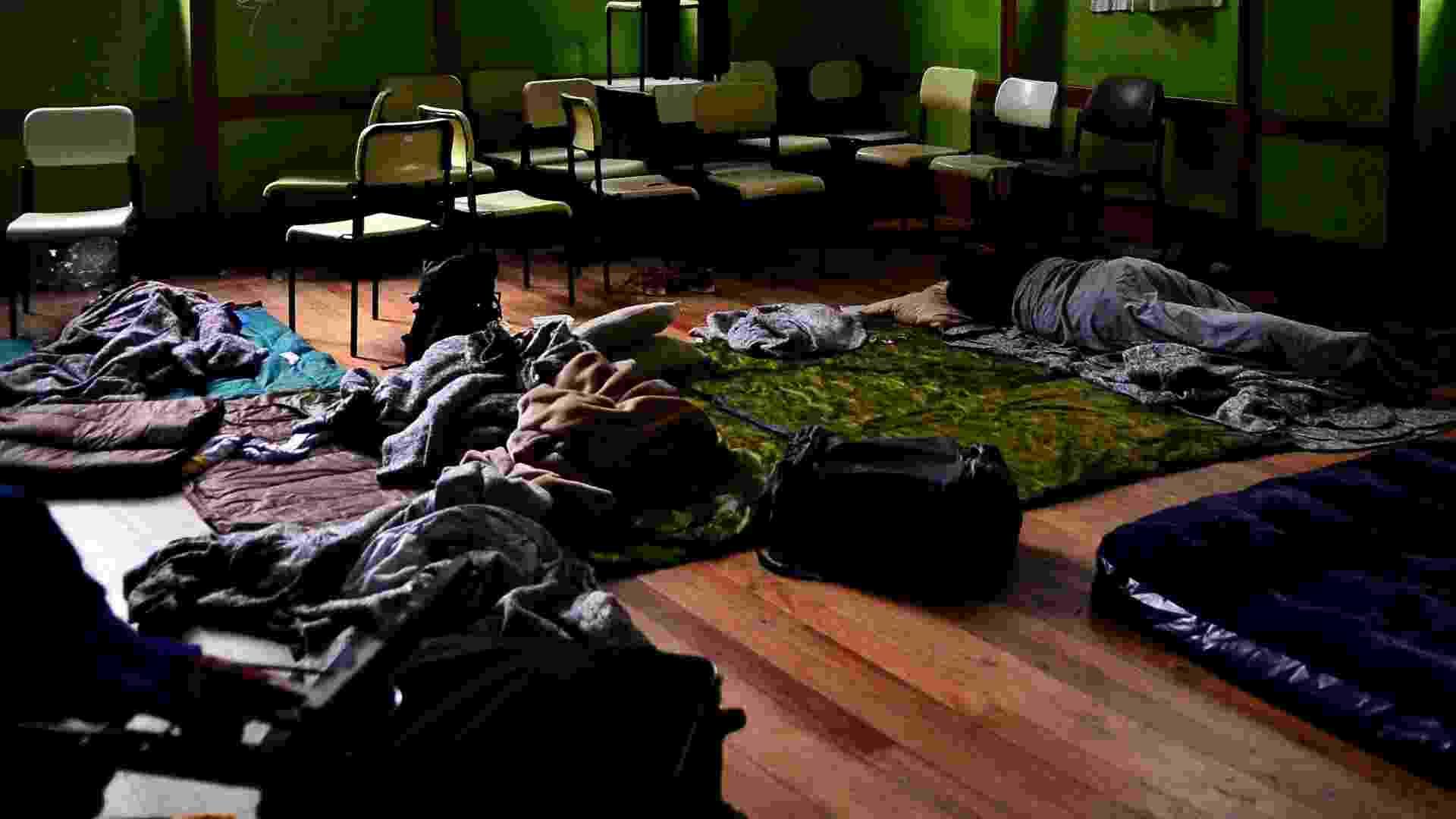 Dormitório improvisado em sala de aula na ocupação da Escola Estadual Caetano de Campos. Os alunos protestam contra a reorganização proposta pela Secretaria de Educação do Estado - Rovena Rosa/Agência Brasil