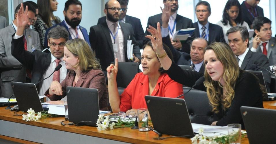 26.abr.2016 - Impasse para a escolha do relator marca início da comissão especial de impeachment no Senado, em Brasília (DF)