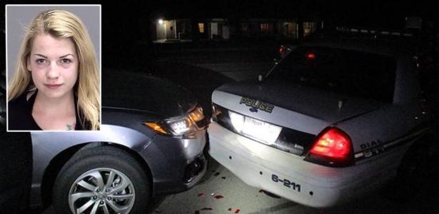 Miranda Rader enviava fotos de topless para o namorado quando seu veículo encontrou a traseira de uma viatura policial no Texas
