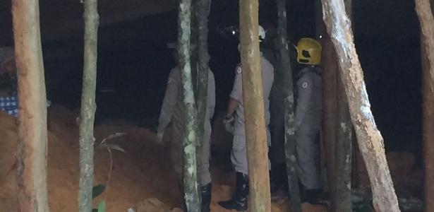 Bombeiros resgatam vítimas após desabamento de gruta em Santa Maria do Tocantins