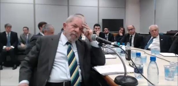 O ex-presidente Lula presta depoimento ao juiz Sergio Moro em Curitiba