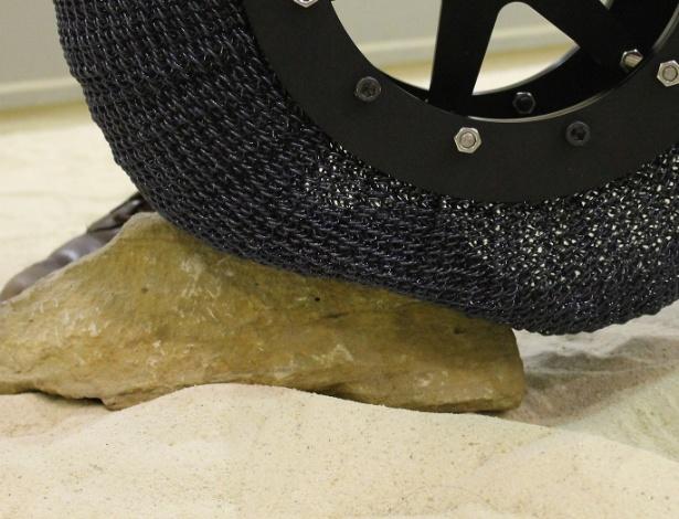 Pneu de liga de titânio e níquel será usado para explorações em Marte - Reprodução