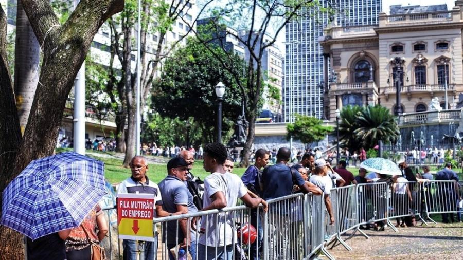 Situação da economia foi principal responsável por queda do Brasil no ranking - Roberto Parizotti