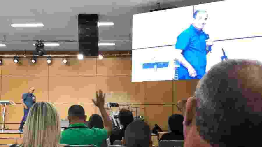 Em meio à pandemia do novo coronavírus, o pastor Silas Malafaia promove culto para cerca de 350 fieis em igreja evangélica em Campo Grande, na zona oeste do Rio - Herculano Barreto Filho/UOL