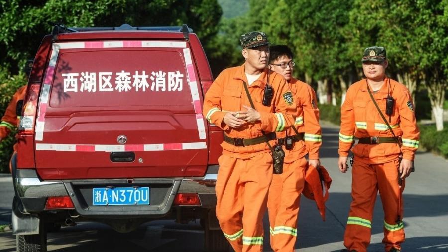 Equipes de resgate buscam leopardo que fugiu de parque na região de Hangzhou - AFP
