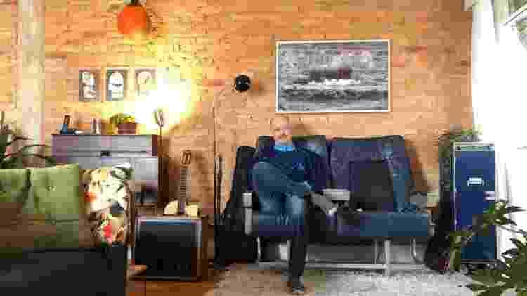 """Daniel Lieff em seu novo apartamento: """"A pandemia me fez olhar com outros olhos. Eu que nunca imaginava comprar uma casa, vi o valor [do imóvel próprio]"""" - Arquivo pessoal - Arquivo pessoal"""