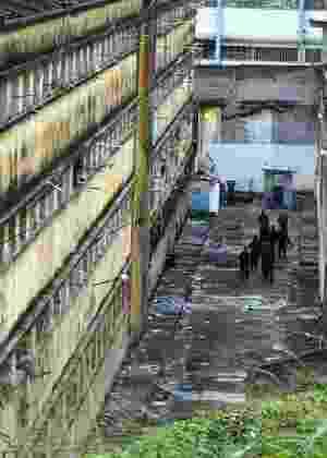 19.jul.2004 - Penitenciária Milton Dias Moreira, no Rio de Janeiro - Domingos Peixoto/Agência O Globo
