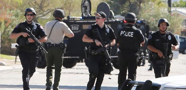 Policiais atuam durante tiroteio em Palm Springs, no Estado da Califórnia (EUA)