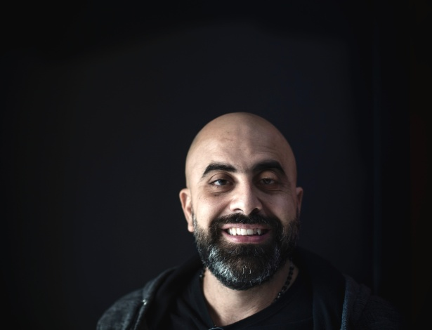 O comediante Hicham Haddad está sendo vítima de censura no Líbano