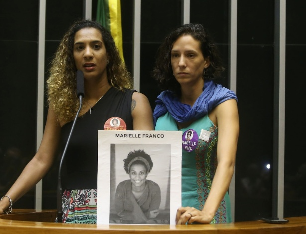 A irmã e a companheira da vereadora participaram de sessão solene na Câmara