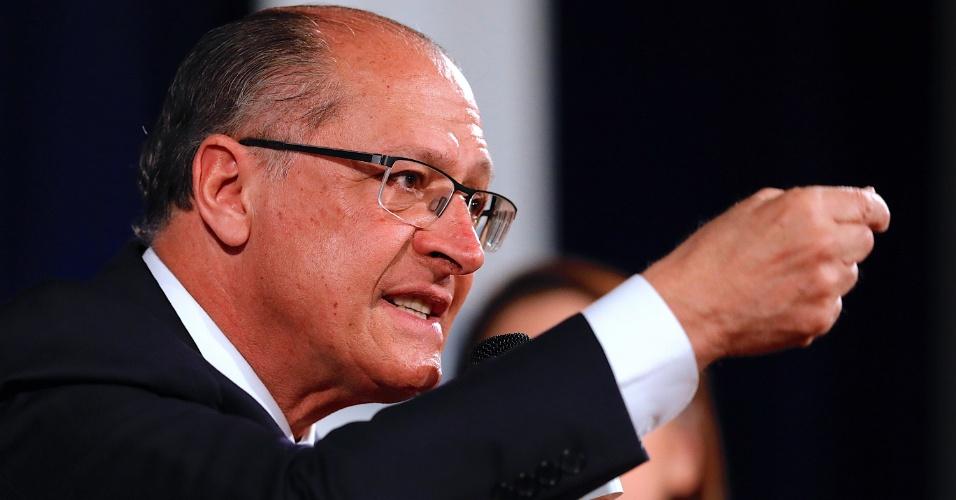 6.set.2018 - Geraldo Alckmin, candidato à Presidência pelo PSDB nas eleições 2018, é sabatinado na série do 'Estado' em parceria com a Fundação Armando Alvares Penteado, no auditório da Faap, na capital paulista, nesta quinta-feira, 06