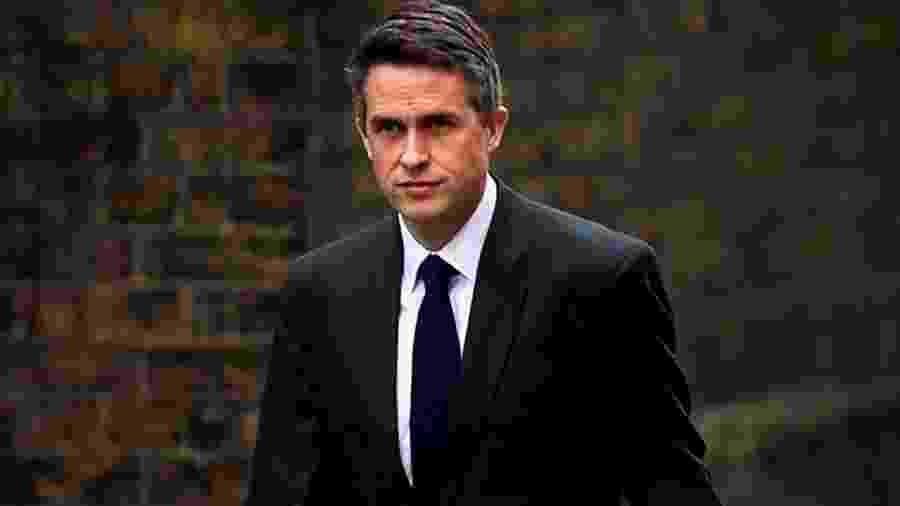 Gavin Williamson foi demitido sob acusação de vazamento de informações sigilosas - Reuters