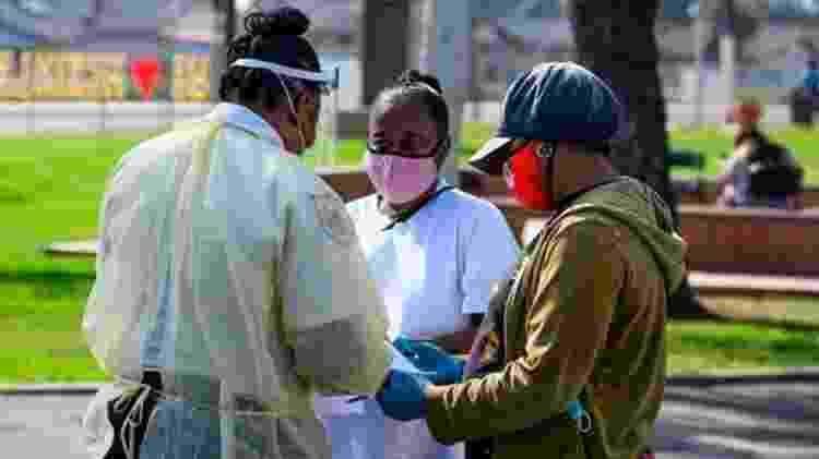 Os negros americanos foram desproporcionalmente mais afetados pela de pandemia covid-19 nos EUA - Getty Images - Getty Images