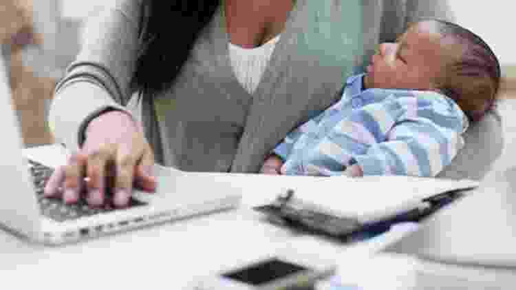 """""""Quando o RH contou (da gravidez) ao meu gestor, a contratação foi encerrada"""", conta ela, que é formada em logística empresarial e está agora na trigésima semana de gestação. - Getty Images - Getty Images"""