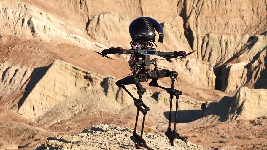 Robô criado por cientistas do Caltech consegue andar de skate e de slackline - Divulgação/Caltech
