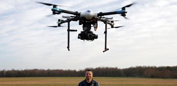 Drone é pilotado durante teste