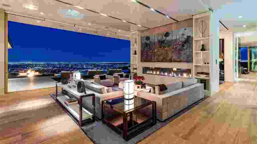 Mansão em Beverly Hills que foi vendida com US$ 52 milhões de desconto  - Divulgação/Williams & Williams
