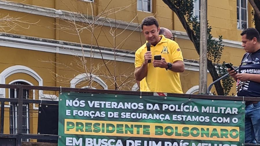 7.set.2021 -  Ex-comandante da Rota (Rondas Ostensivas Tobias de Aguiar), tropa da PM, discursa em ato de apoio ao governo Bolsonaro, na Praça da República, em São Paulo - Leonardo Martins/UOL