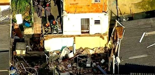 Explosão de gás deixou a residência totalmente destruída na Grande São Paulo