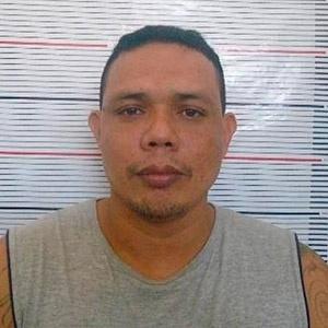Gezildo Nunes da Silva, 35, foi um dos 56 presos que morreram no Compaj (Complexo Penitenciário Anísio Jobim), em Manaus, na rebelião entre os dias 1º e 2 de janeiro. Ele foi condenado a cinco anos de prisão pelo furto de duas garrafas de whisky, pó de guaraná e um tablet. Em cartas,ele disse estar sob ameaça de membros da FDN (Família do Norte) e denunciou um esquema de corrupção de agentes públicos para facilitar a entrada de drogas, armas e telefones celulares no presídio