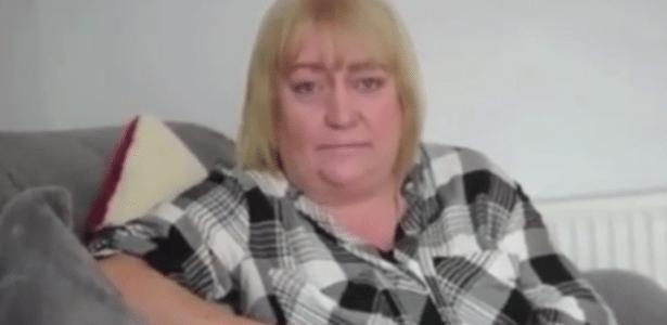 Terri White começa a falar com sotaques diferentes após crise de enxaqueca