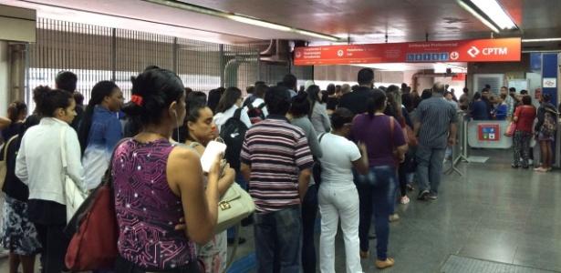 SP: coletivos estão lotados no Terminal Itaquera - Janaina Garcia/UOL