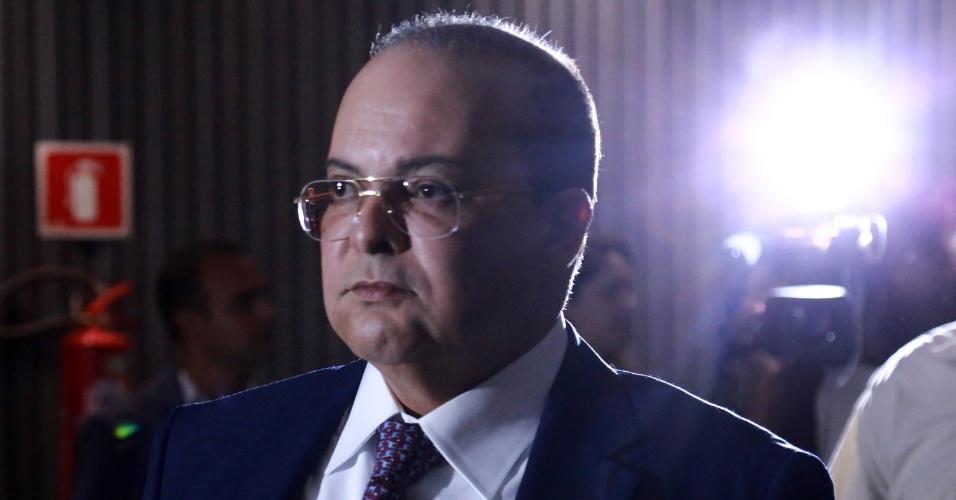 O candidato Ibaneis durante o debate com os candidatos ao governo do Distrito Federal, realizado no Museu Nacional pela TV Record em Brasília (DF), nesta sexta-feira (19).