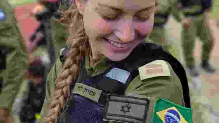 Israelense filha de brasileira vira 'garota-propaganda' da missão - Forças de Defesa de Israel