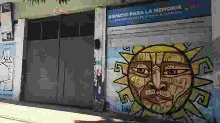 A antiga prisão El Olimpo, onde Kalinec trabalhou. Cerca de 500 prisioneiros foram mantidos lá ao longo de 17 meses - BBC - BBC