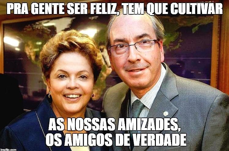 11.mai.2016 - Memes nas redes sociais fazem piadas com o possível afastamento da presidente Dilma Rousseff