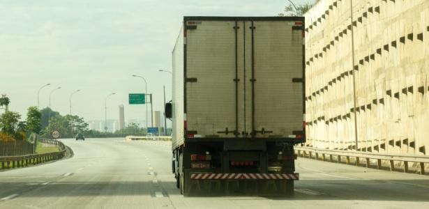 Medida após greve dos caminhoneiros | Tabelamento do frete pode acelerar inflação de alimentos, diz Ipea