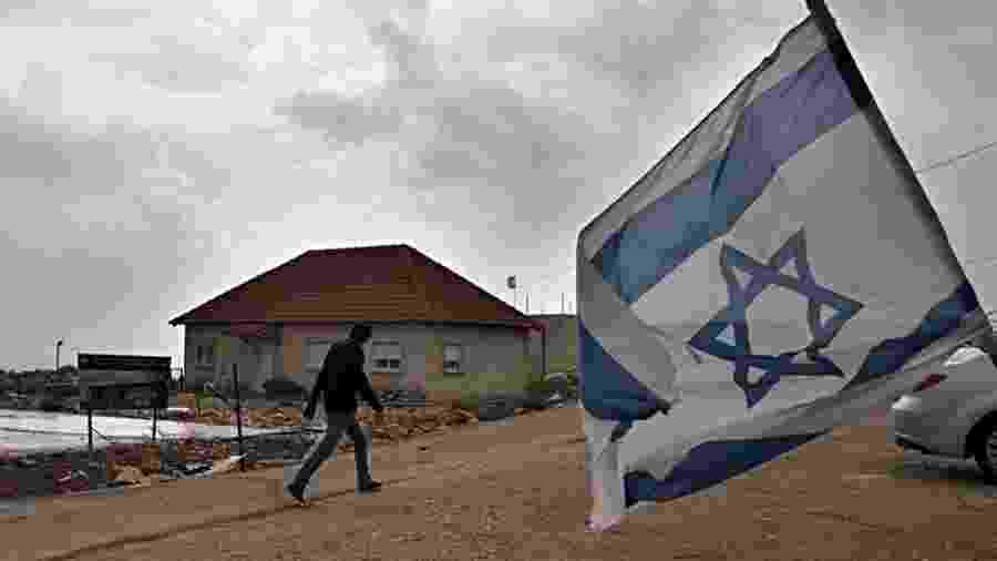 Assentamento israelense na Cisjordânia; palestinos dizem que existência dessas comunidades inviabiliza criação de Estado próprio - AFP