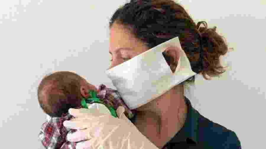 Sara ainda não foi autorizada a beijar sua filha recém-nascida - SARA BARRÍAS