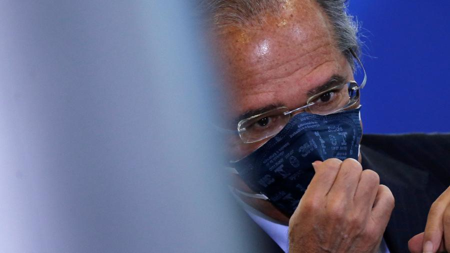 """Paulo Guedes incluiria na reforma tributária que deve enviar à Casa Civil proposta de criar uma espécie de """"imposto digital"""" - ADRIANO MACHADO"""