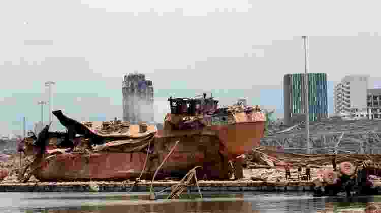 O porto e os arredores foram devastados pela explosão - Getty Images - Getty Images