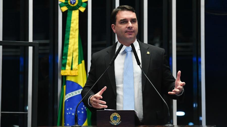 A defesa de Flávio Bolsonaro criticou as denúncias - Roque de Sá/Agência Senado