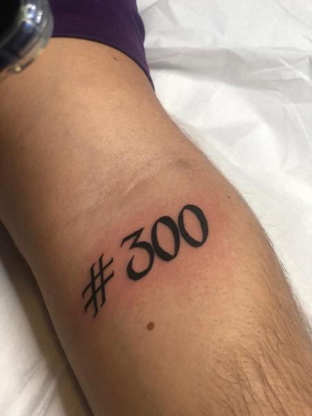 Funcionários da Mais Top Estética tatuaram a meta da empresa - Arquivo pessoal